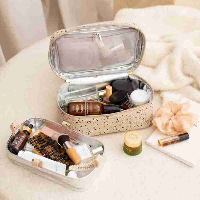 Beauty Poche Linen Splatter Lifestyle